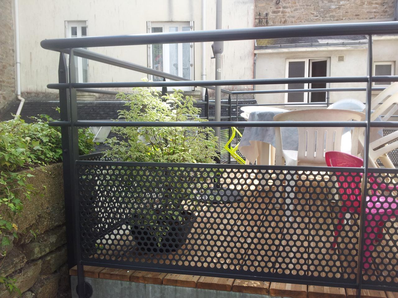 Terrasse En Acier Galvanise